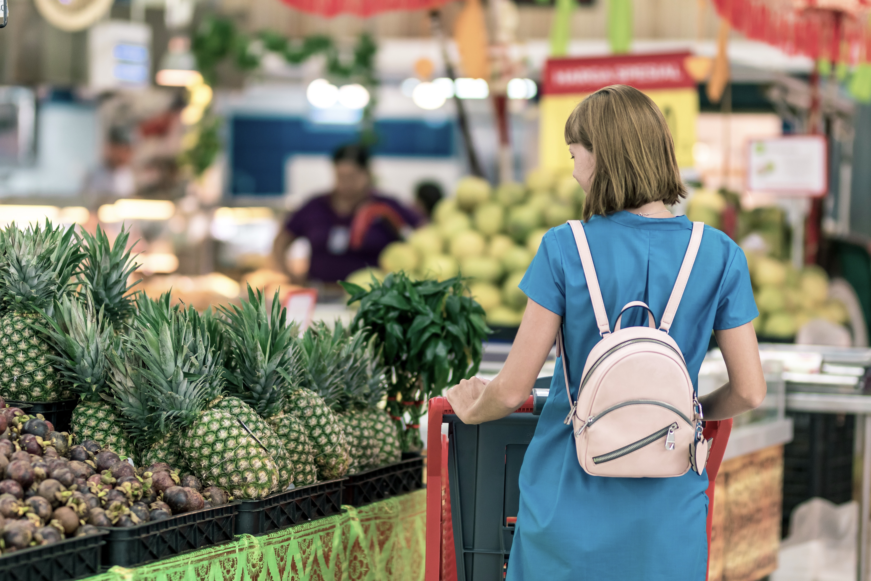 aisle-backpack-buyer-2292919